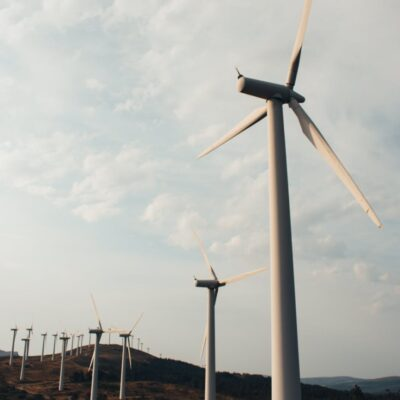 Save money with wind turbine spare parts